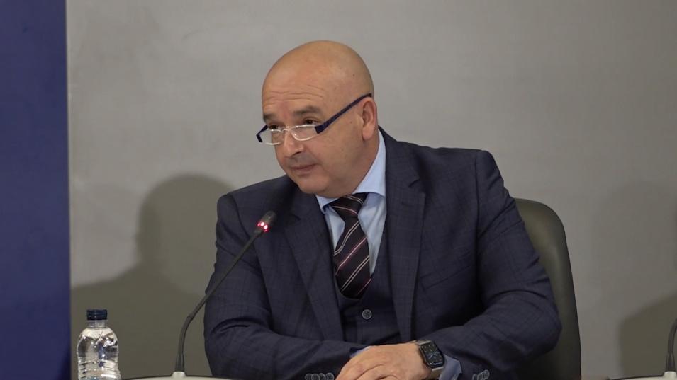 Ген: Мутафчийски отчете сериозен спад на COVID-19, но предупреди да не се отпускаме  29 април 2021 10:09