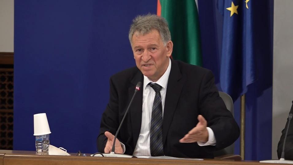 """Стойчо Кацаров: Незаконни трансплантации и злоупотреби в болница """"Лозенец"""", освобождавам ръководството"""