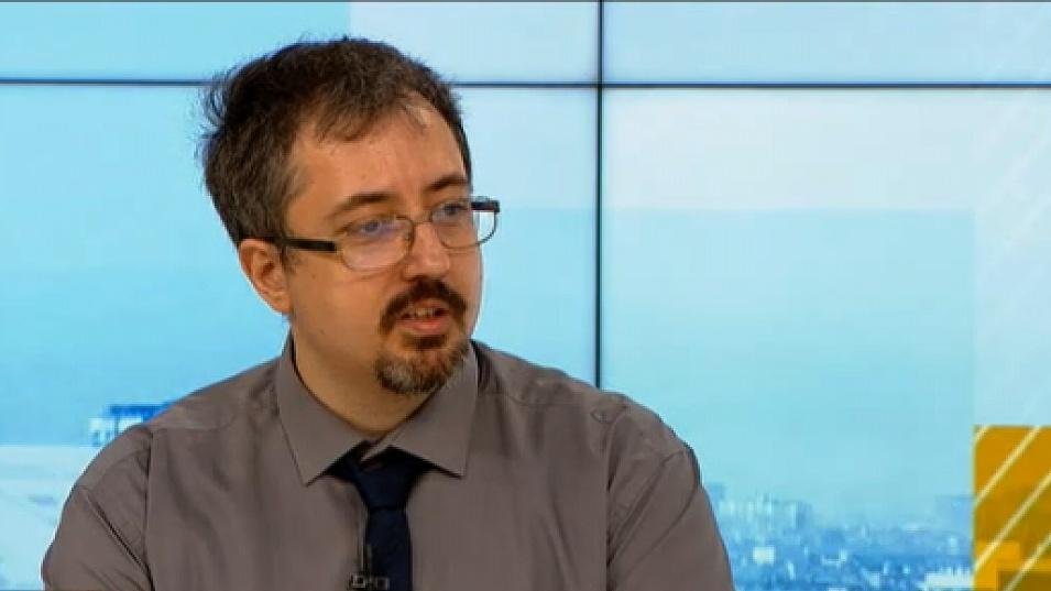 Лъчезар Томов: Колективен имунитет без ваксиниране е химера