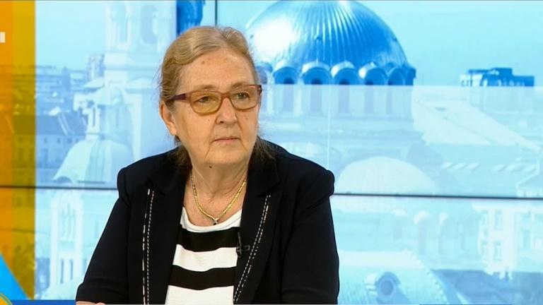 """Проф. Мира Кожухарова: Коментар за маските, ваксините и """"Делта"""" вариантът"""