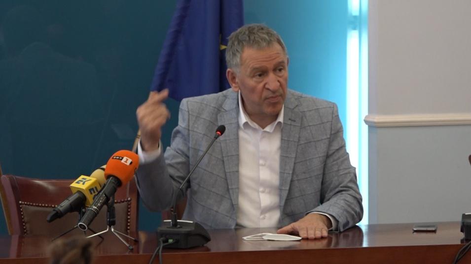 Стойчо Кацаров: Ще се подготвим добре за следващата вълна, няма да допуснем нови 100 хил. жертви