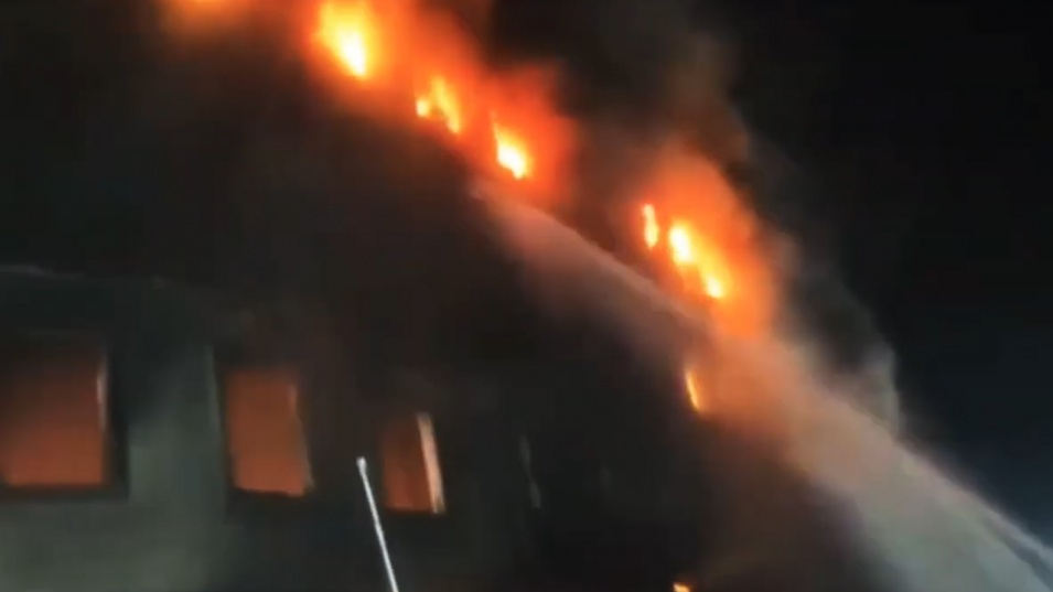 Над 50 загинали при голям пожар в завод в Бангладеш