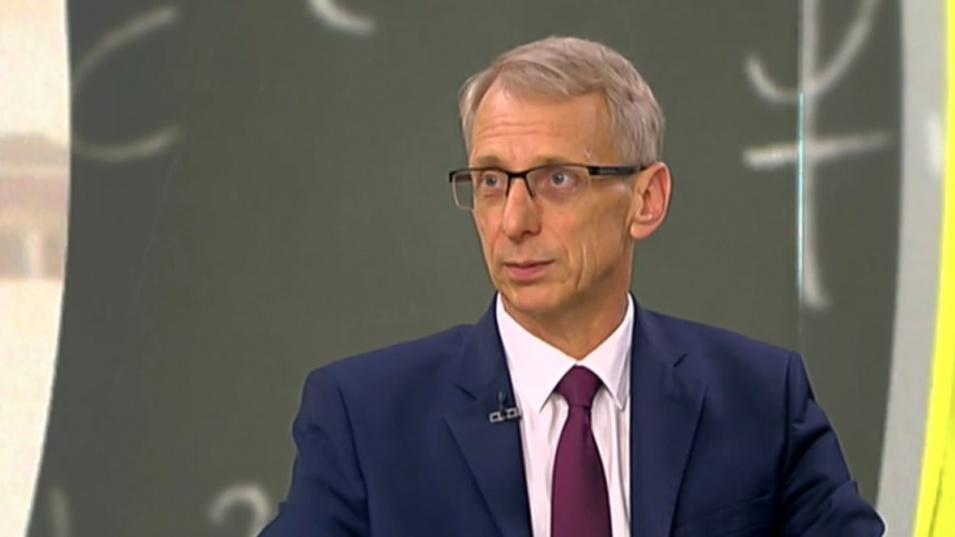 Просветният министър посочи при какъв вариант би останал начело на образованието и в следващия кабинет