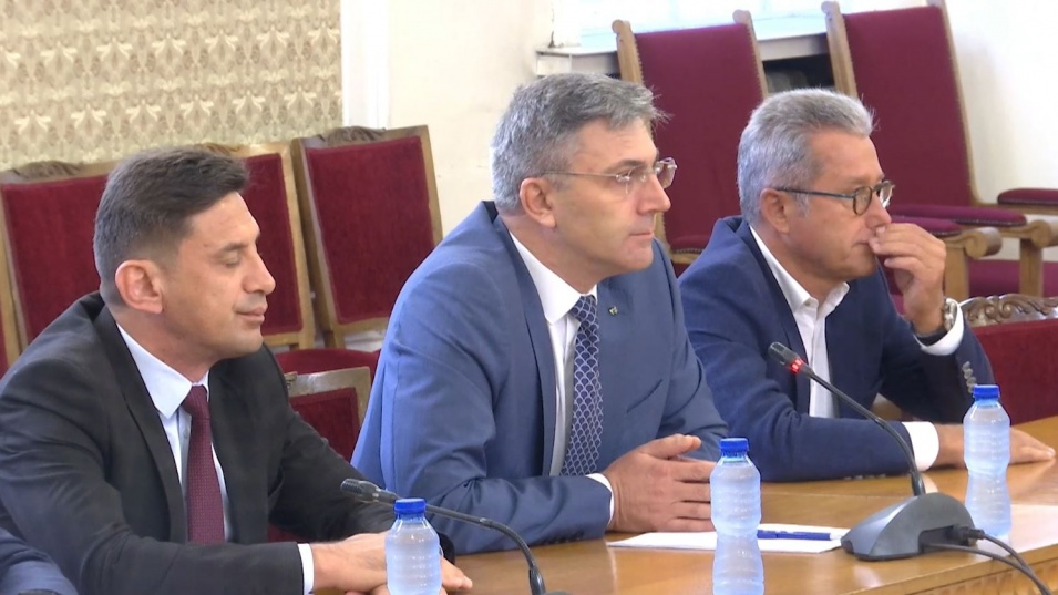 Мустафа Карадайъ пред ИТН: Възстановяването на нормалността в политиката минава през диалог
