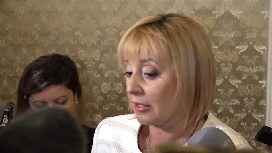 """Манолова иска """"високия стандарт"""" на служебното правителство и в бъдещото управление"""