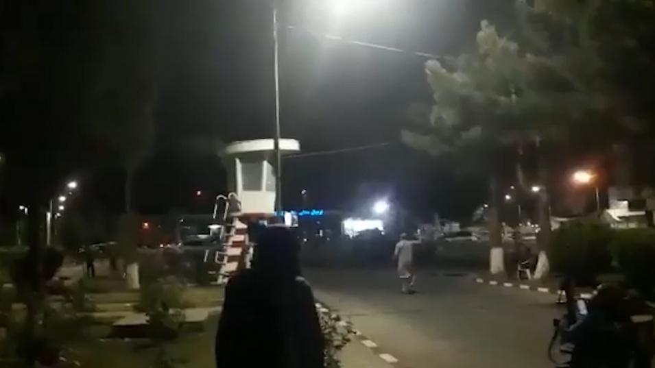Талибаните отбелязаха изтеглянето на американците със стрелба