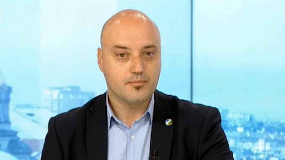 ДБ: Гешев трябваше да си подаде оставката заради чата с Pi ar Sevi Boiko
