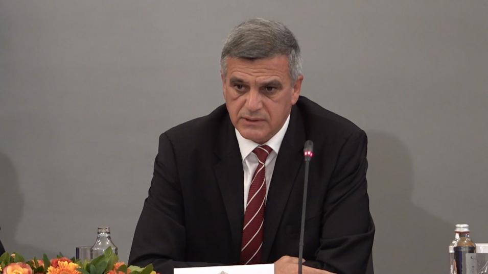 Янев отчете работата на служебния кабинет: Резултатите са видими за всички българи