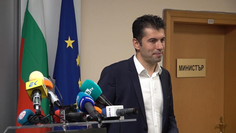 Кирил Петков  влиза в партийната битка