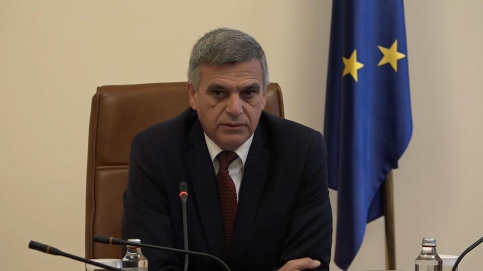 Стефан Янев и министри разговарят с туристическия бранш. Искат да направят най-доброто за зимния сезон у нас