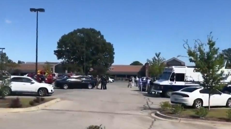 Един убит и 13 ранени в стрелба в супермаркет в американския щат Тенеси